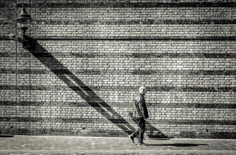 16 LONG SHADOWS by Tony Hill