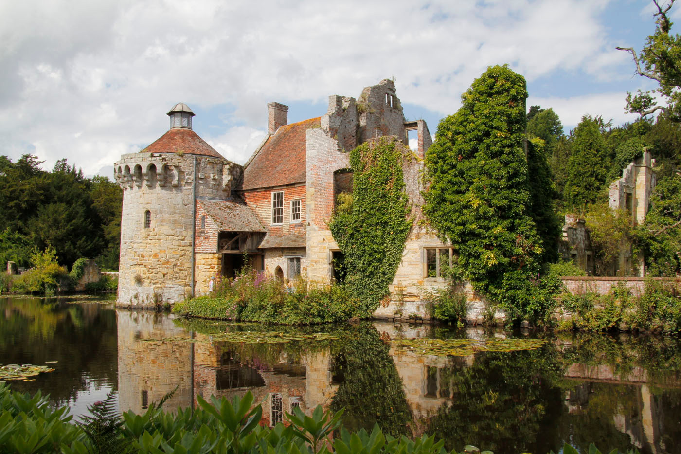 17 SCOTNEY CASTLE by Trevor Brand