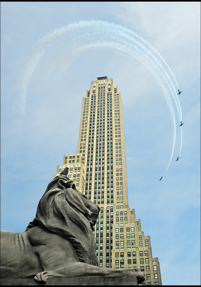GROUP 1 16 SKY SCRAPING IN NEW YORK by Jenny Clark