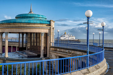 19 EASTBOURNE SEAVIEW by Steve Oakes