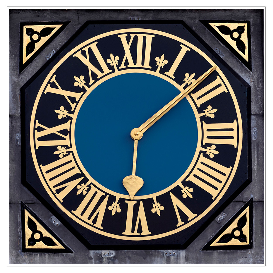 PRINT 18 KNOLE HOUSE CLOCK DETAIL by Philip Easom