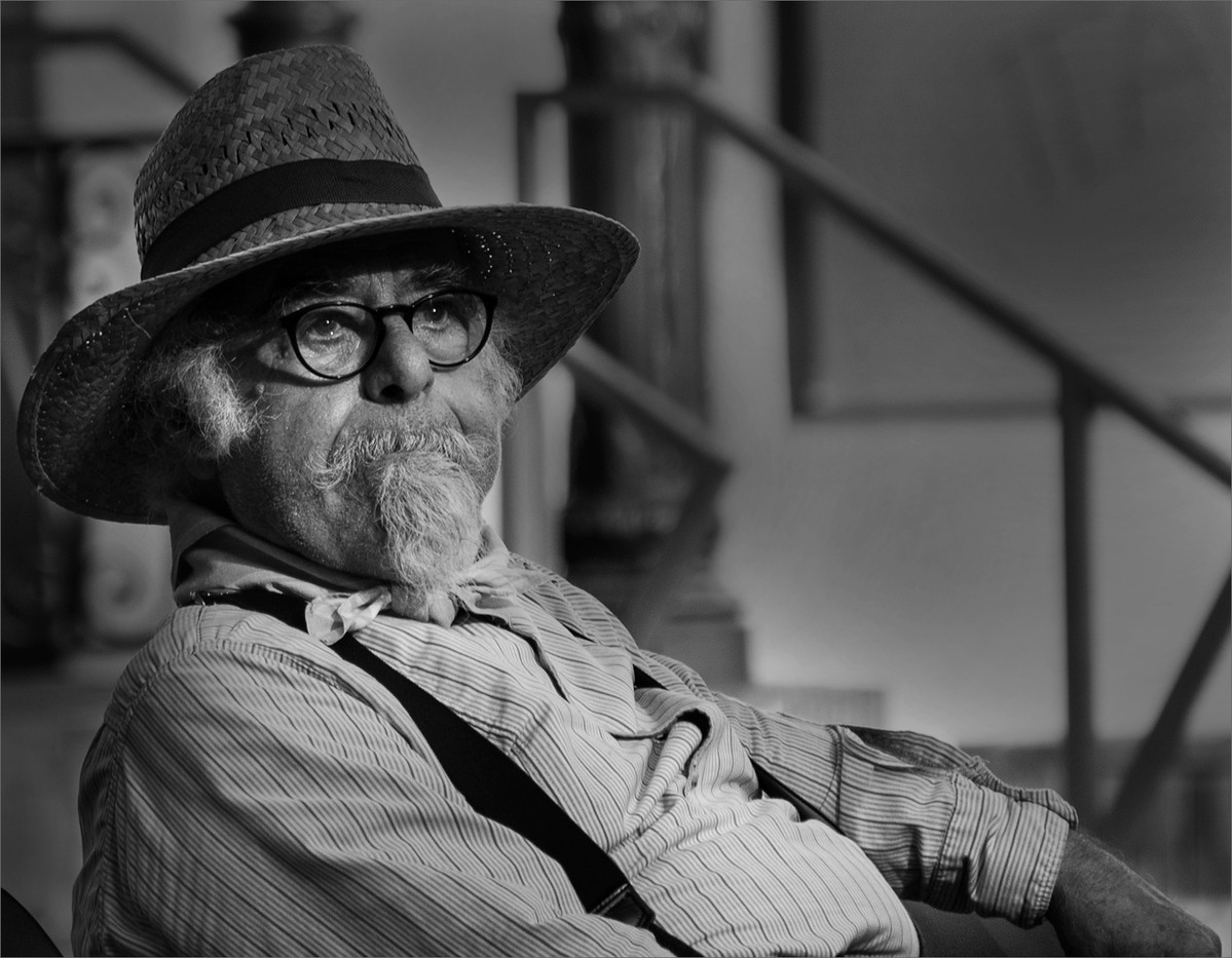 19 OLD MAN AT FEUX DE ST JOHN ARLES by Richard Gandon