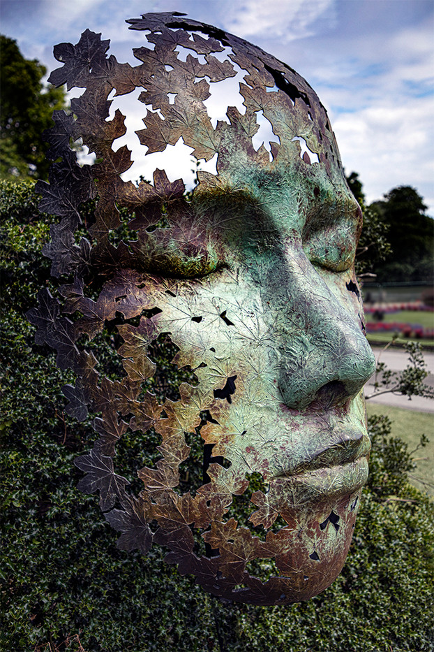 16 KEEPING WATCH OVER THE GARDENS by Philip Easom