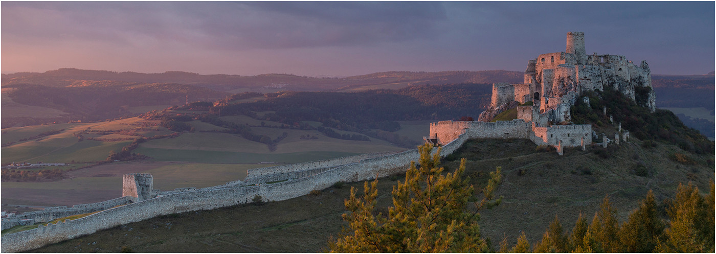 17 SPIS CASTLE PAINTED IN SUNSET LIGHT by Colin Burgess
