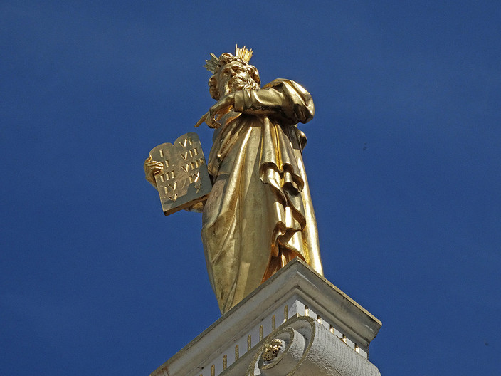 14 GOLDEN STATUE by Brian Whiston