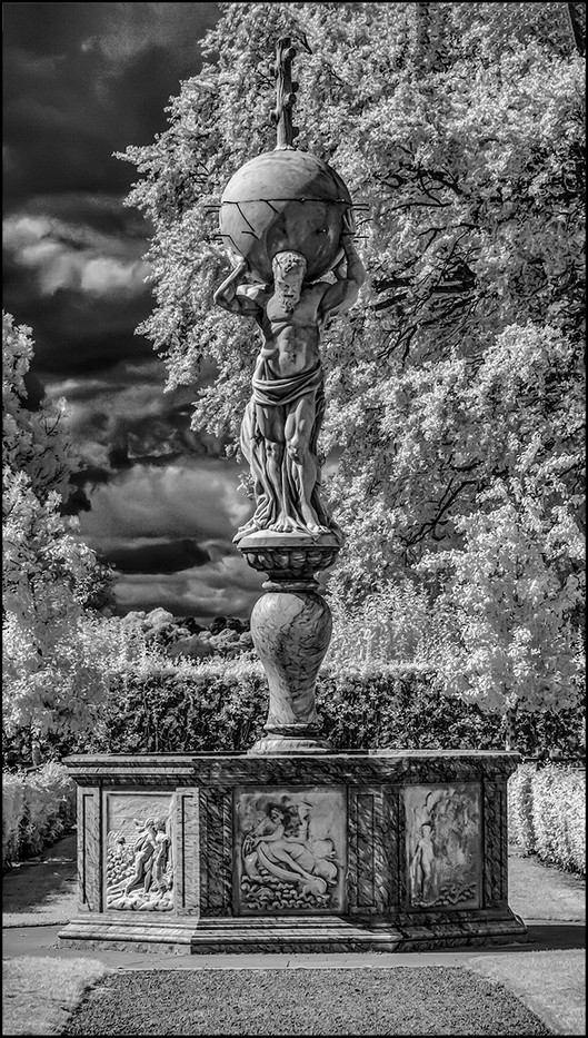 17 ATLAS FOUNTAIN KENILWORTH CASTLE by Graham Bunyan