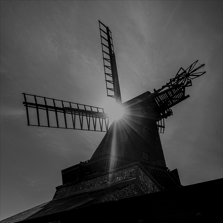 16 SOLAR WINDMILL by Steve Oakes