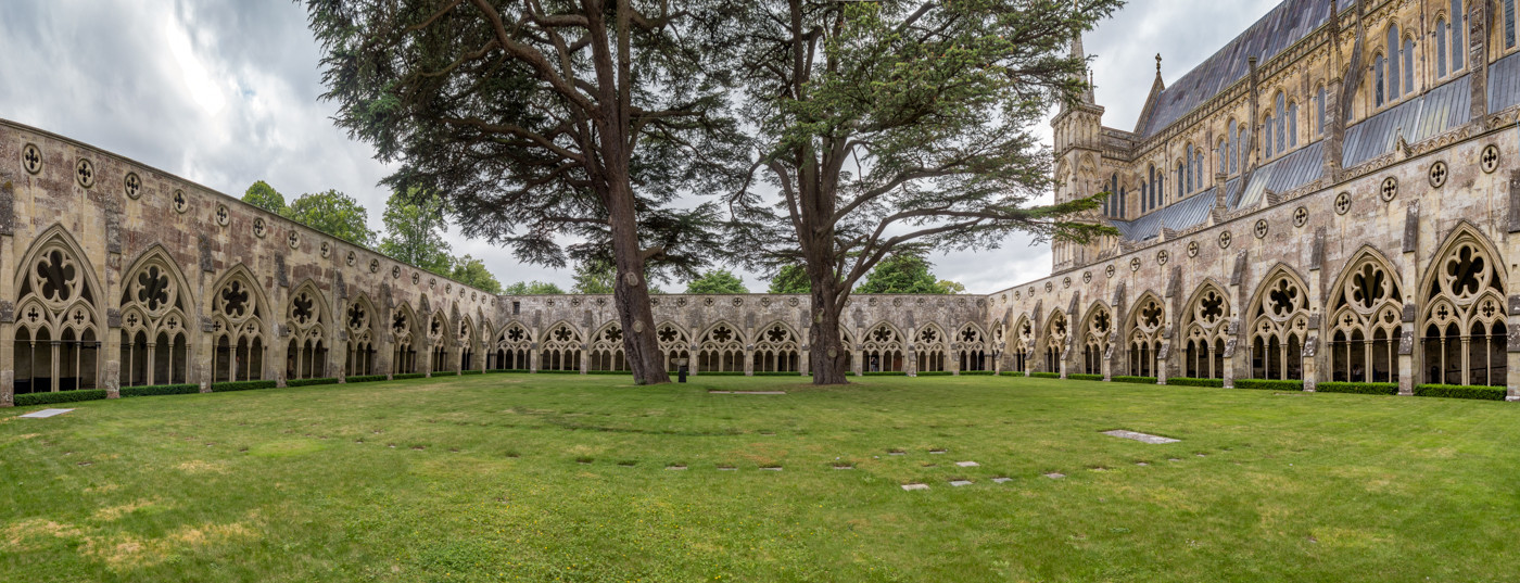 16 THE CLOISTERS, SALISBURY CATHEDRAL by Roger Wates