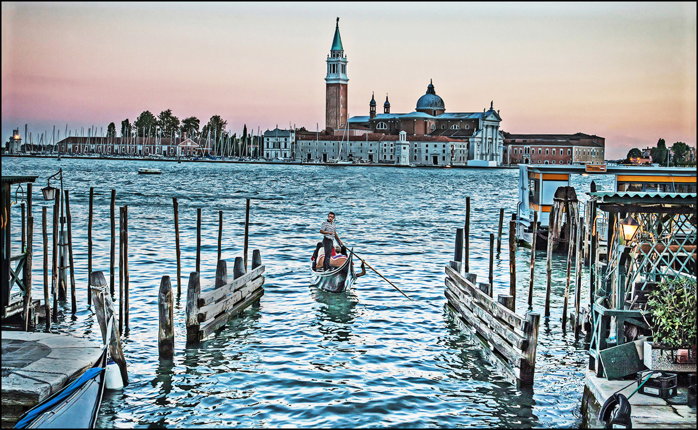 18 EVENING TIDE IN VENICE by Graham Bunyan