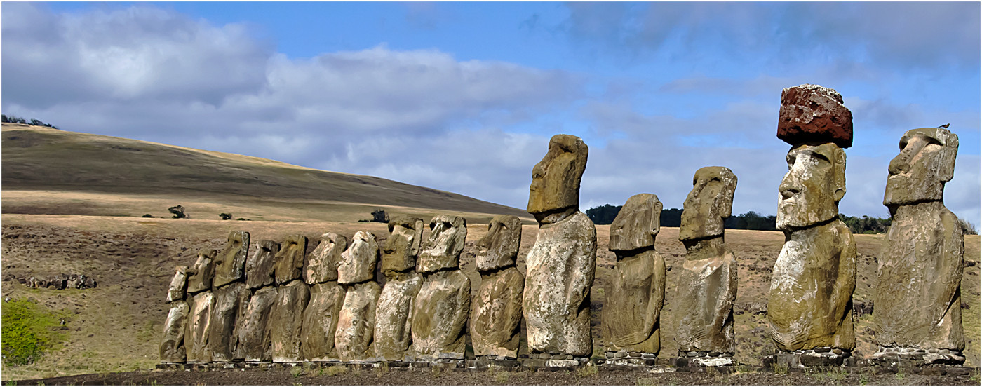 18 STANDING TO ATTENTION EASTER ISLAND by Joan Gow