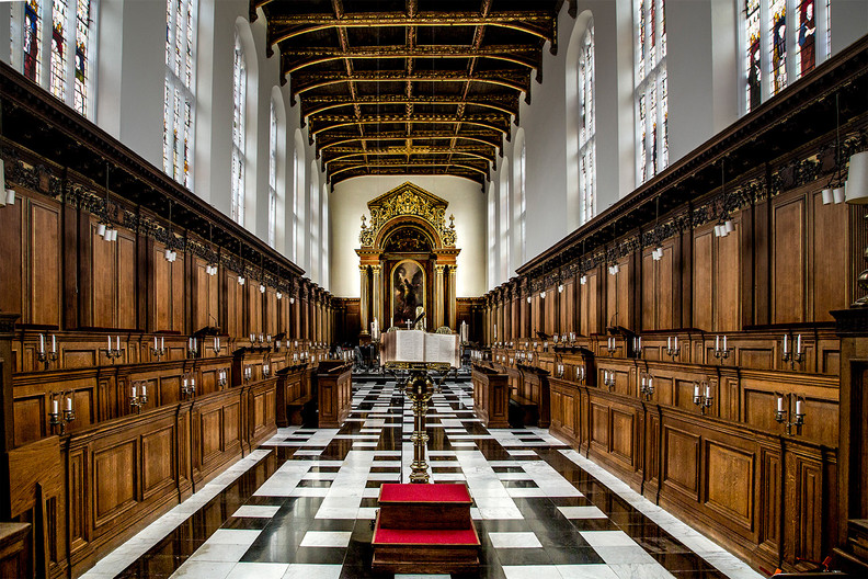 17 TRINITY COLLEGE CHAPEL by Denys Clarke