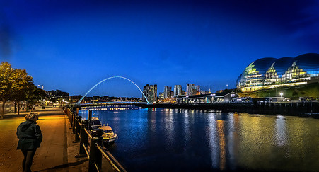 17 LIGHTS ON THE TYNE by Denys Clarke
