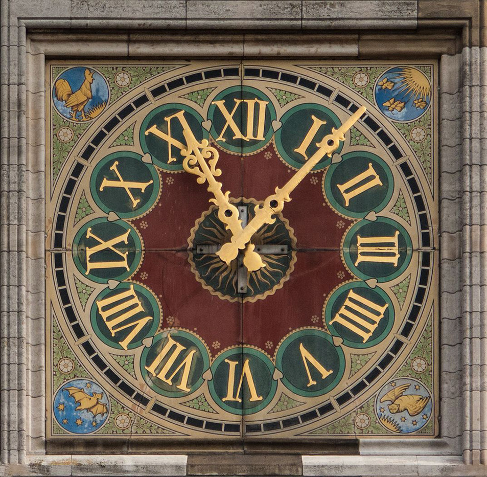 17 AMSTERDAM CENTRAL STATION CLOCK by Philip Smithies