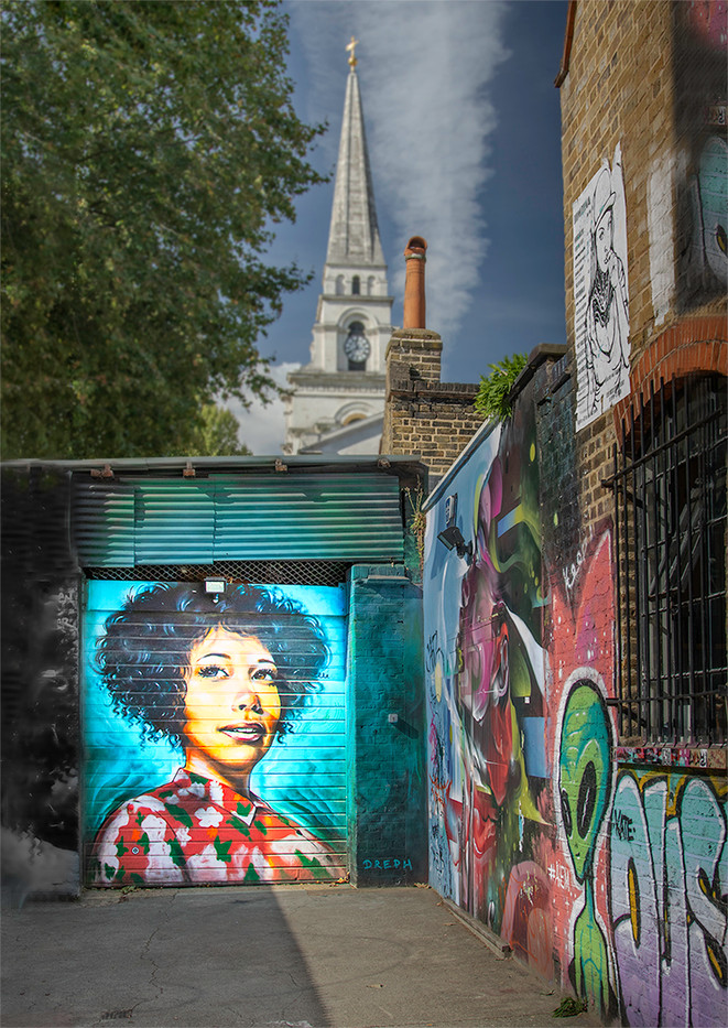 17 STREET ART TRIBUTE TO THE LATE ARETHA FRANKLIN AT HANBURY STREET LONDON E1 by David Peek