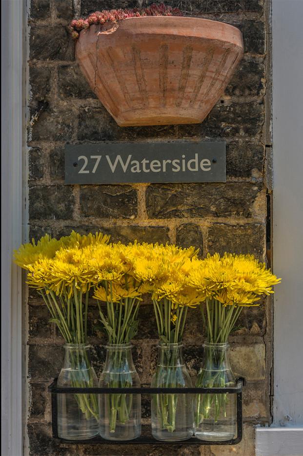 16 HYDROPONICS AT 27 WATERSIDE by Alan Cork