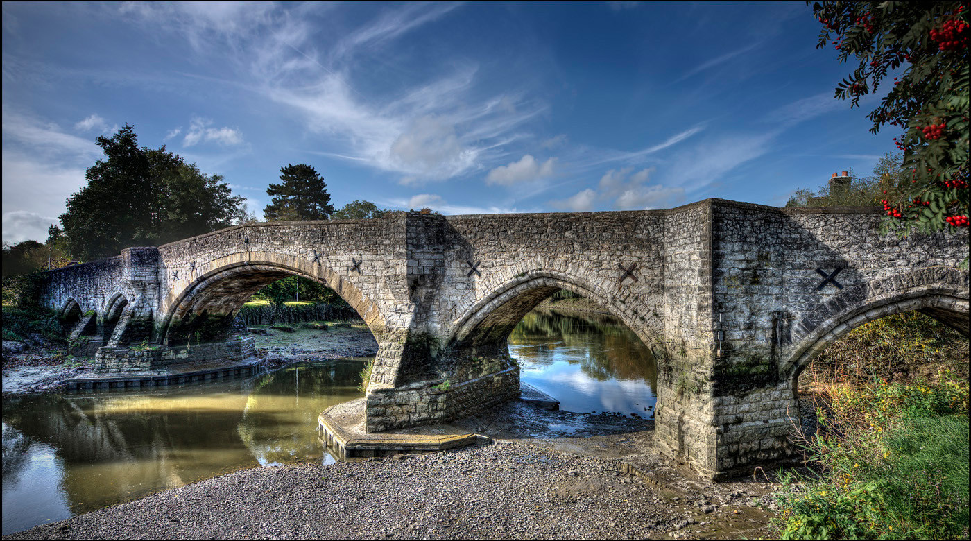 15 THE BRIDGE AT AYLESFORD by Mick Dudley