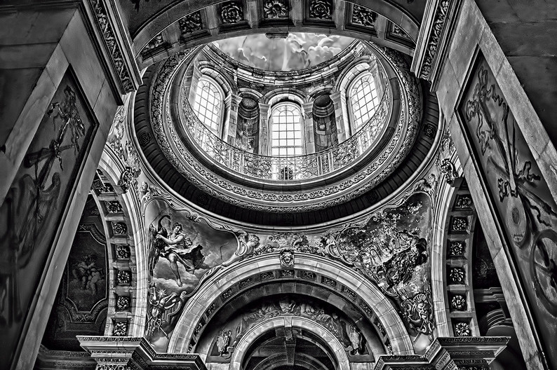 18 FIRE DAMAGE TO THE DOME AT CASTLE HOWARD by Ann Paine