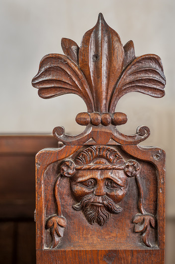 17 SEVENTEENTH CENTURY OAK PEW CARVING CHARING CHURCH by Chris Rigby