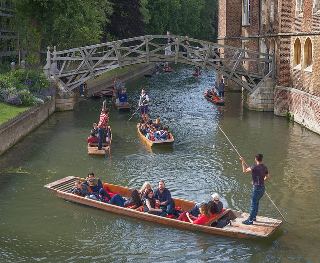 17 PUNTING UNDER THE WOODEN BRIDGE, QUEENS' COLLEGE by Carole Lewis