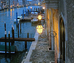 16 THE VIEW OVER THE GRAND CANAL by Joan Gow