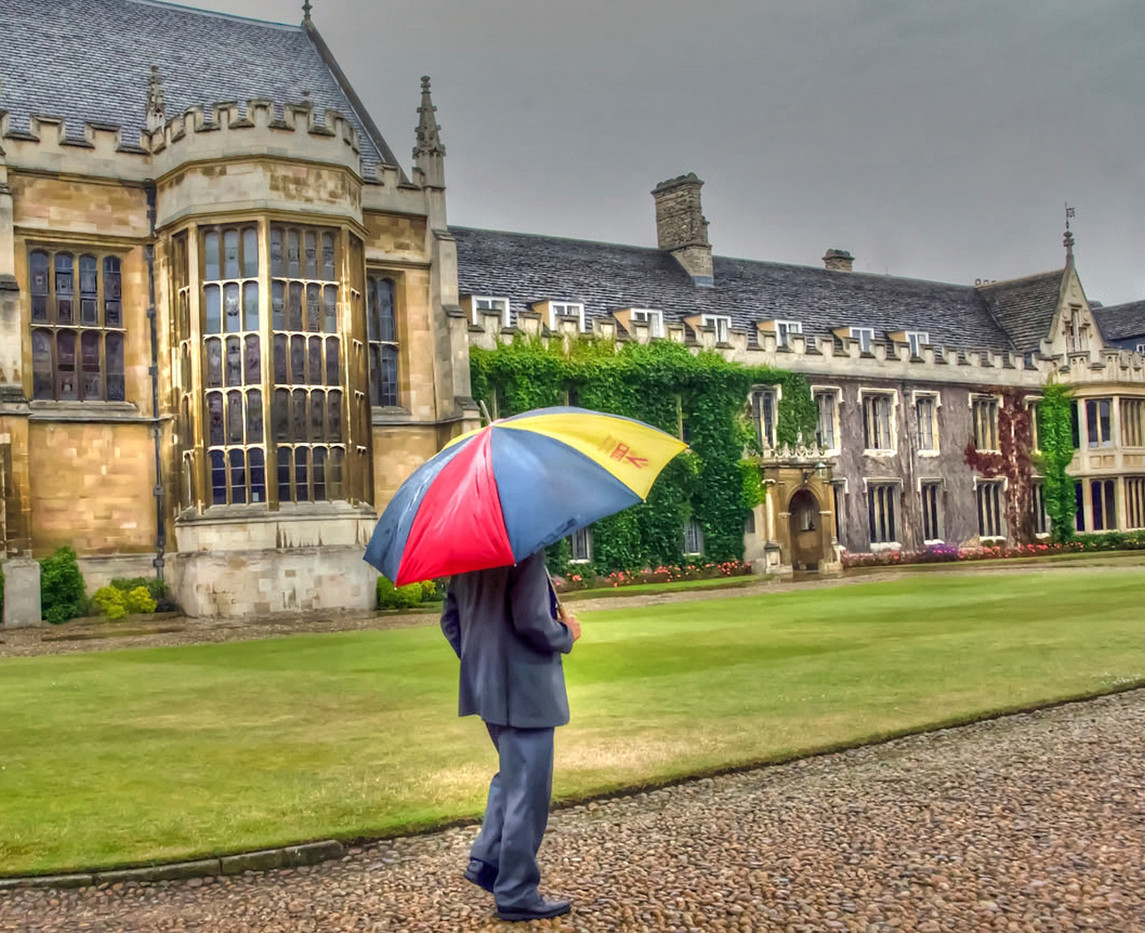 16 KEEPING DRY AT TRINITY COLLEGE by Joan Gow