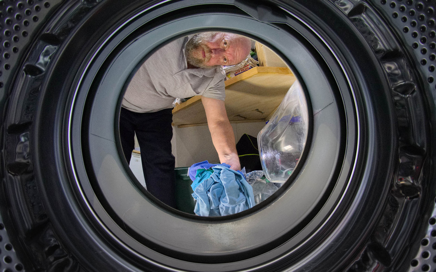 19 THE VIEW FROM INSIDE A WASHING MACHINE by Tony Hill