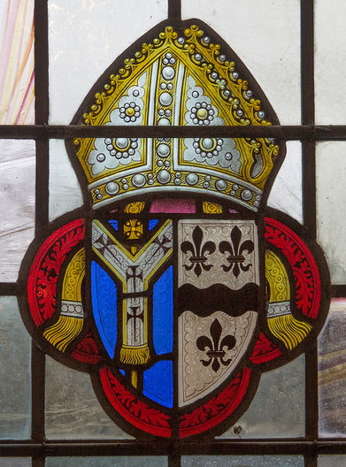 16 CRAFTSMAN MEMORIAL STAINED GLASS WINDOW 30CM WIDE HAWKHURST CHURCH by John Hunt