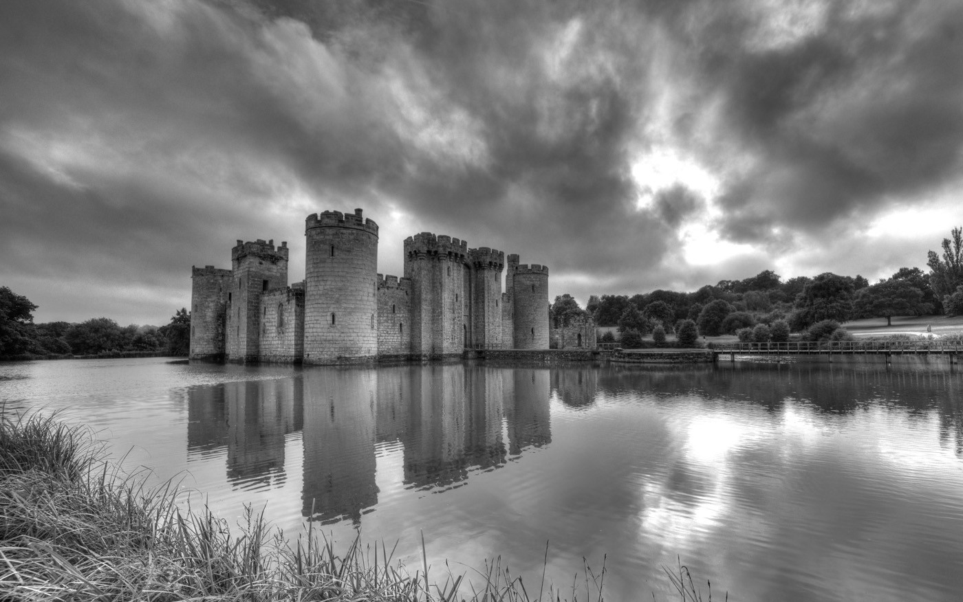 GROUP 1 16 BODIAM by Richard Brown