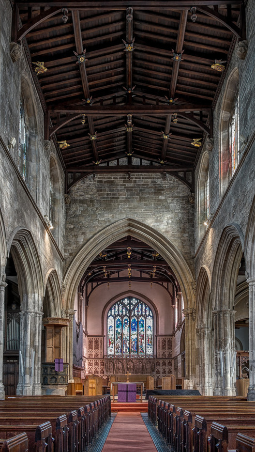 17 AISLE AND ROOF - ST NICHOLAS - NEWBURY by Tony Hill