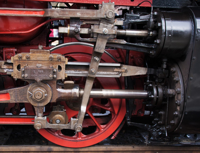 15 CYLINDER AND VALVE MECHANISM 2-6-2 TANK  LOCOMOTIVE HARZ MOUNTAIN RAILWAY by Clive Brewer