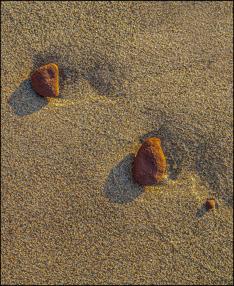 15 PEBBLES by Mick Dudley