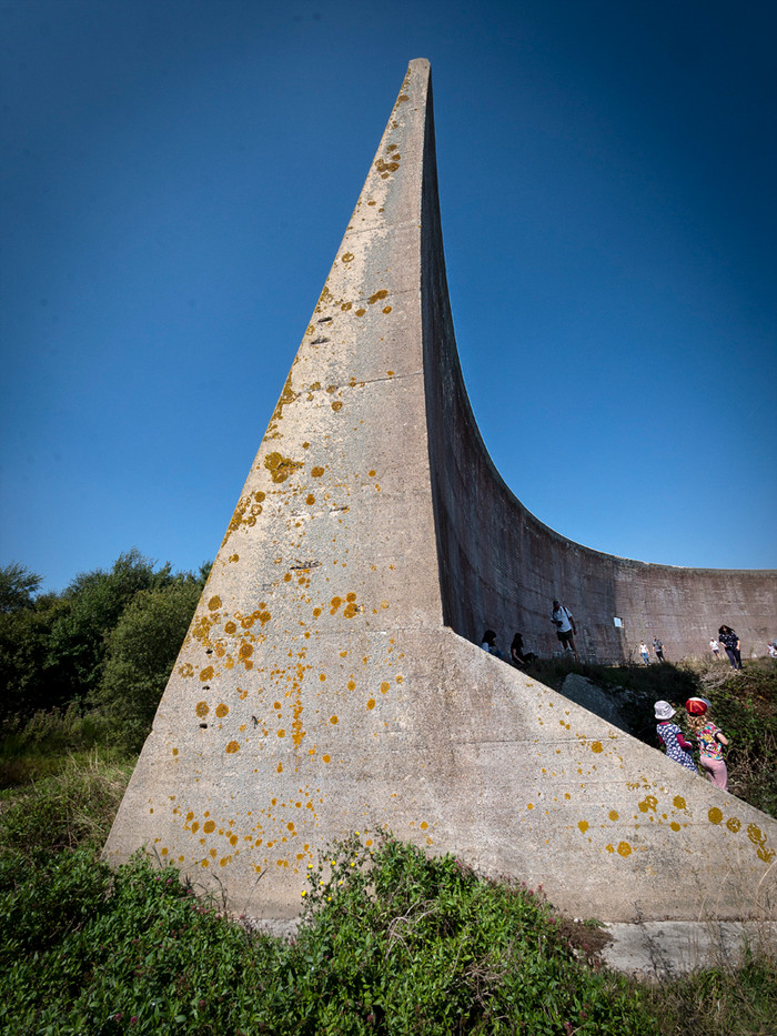 14 SOUND MIRRORS by Denys Clarke