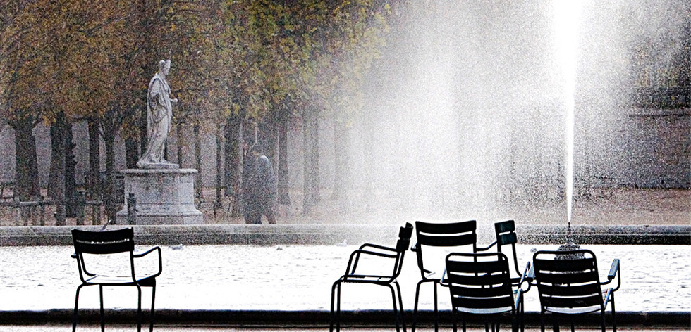 THE TUILERIES IN PARIS by Carmel Yearwood