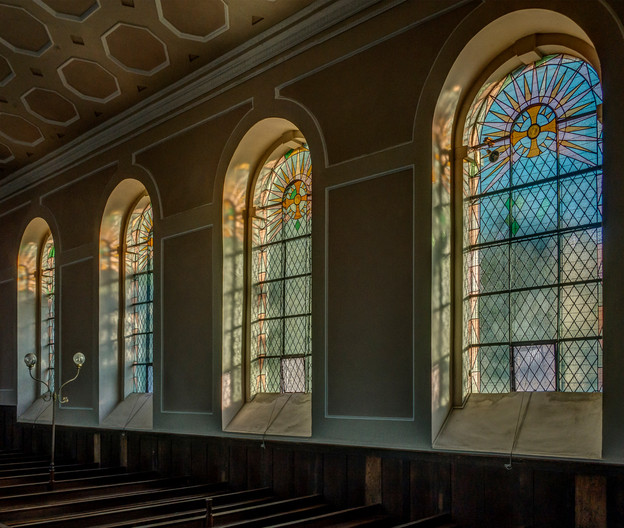 16 WINDOWS SOUTH SIDE, ST PETERS CHURCH, WALLINGFORD by Tony Hill