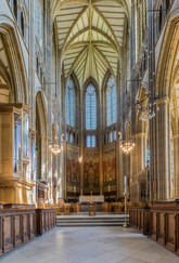 17 LANCING COLLEGE CHAPEL by Philip Smithies