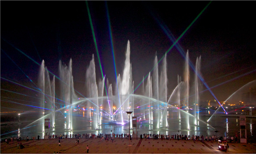 18 FESTIVAL CITY LIGHT SHOW DUBAI by Dave Brooker