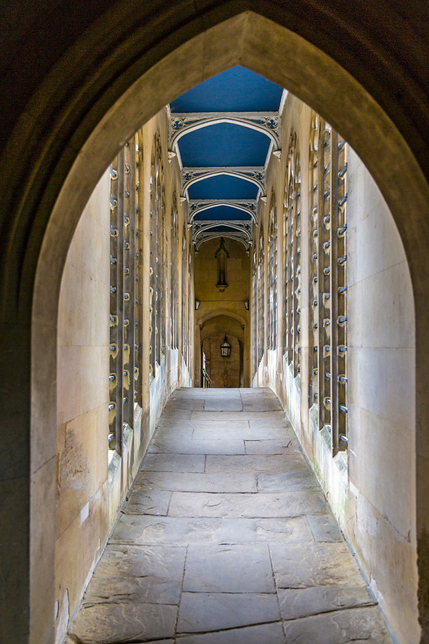 18 ACROSS THE BRIDGE OF SIGHS CAMBRIDGE by Denys Clarke