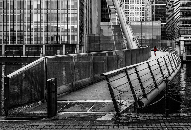 14 ALONE IN THE CITY by Philip Smithies