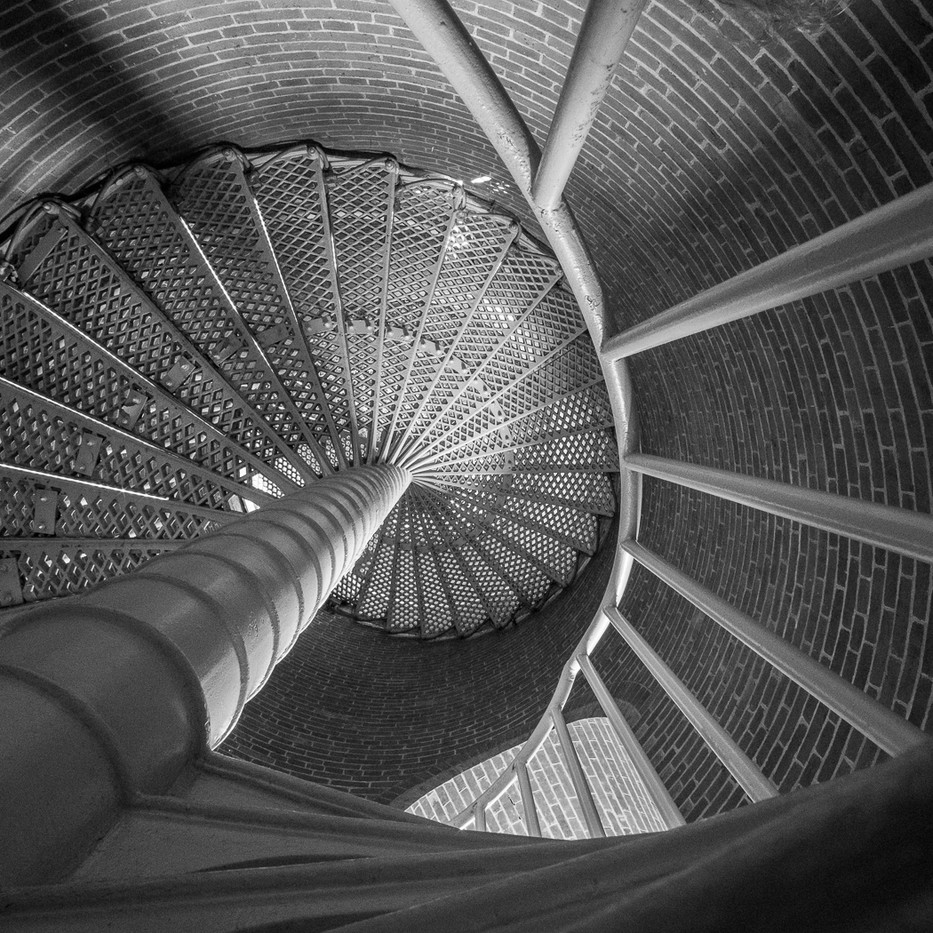 17 GOING UP OR GOING DOWN by Colin Smith