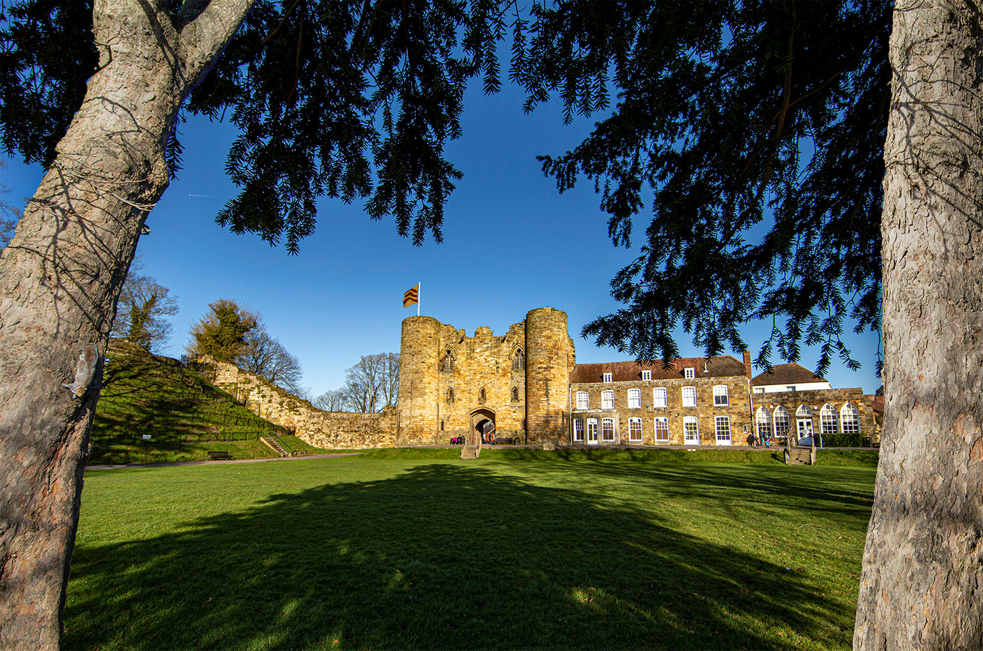 16 A SUNNY DAY AT THE CASTLE by Philip Easom