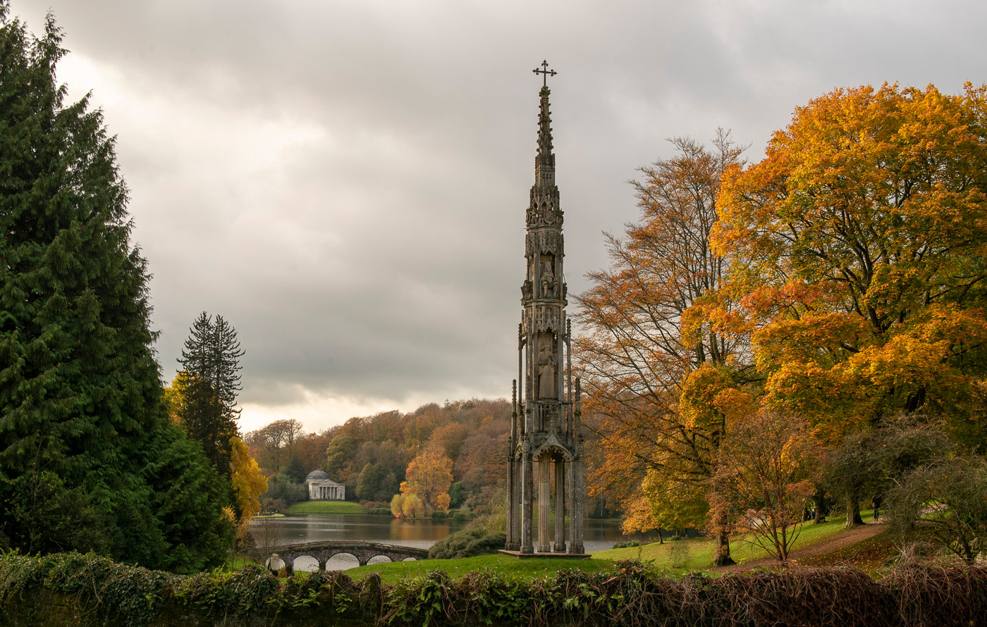 17 BRISTOL CROSS AND PANTHEON AT  STOURHEAD by Ray Crowle