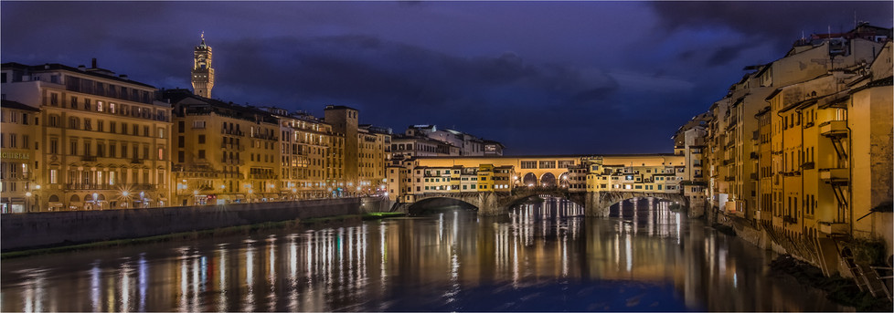 17 PONTI VECCIA FLORENCE BY NIGHT by Colin Hurley