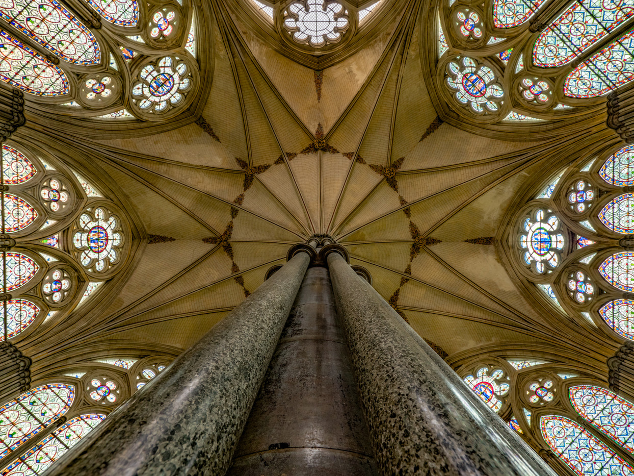 16 CHAPTER HOUSE ROOF, SALISBURY CATHEDRAL by Roger Wates