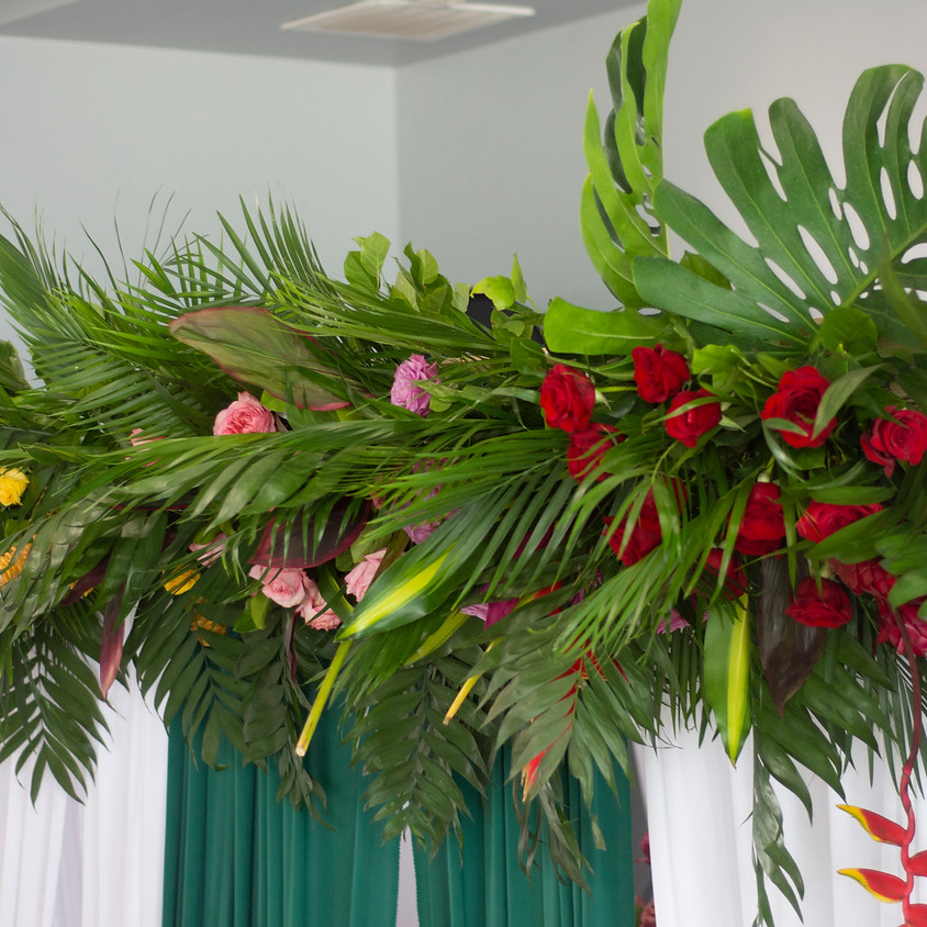 Online Pipe & Drape Floral Beam Workshop