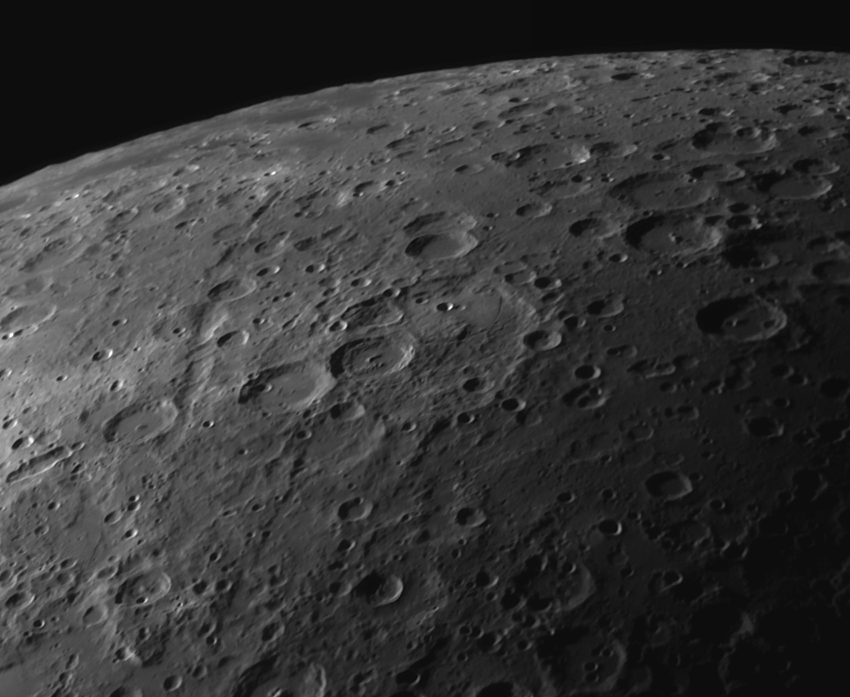 Moon (Crater Janssen) 15.01.16.jpg