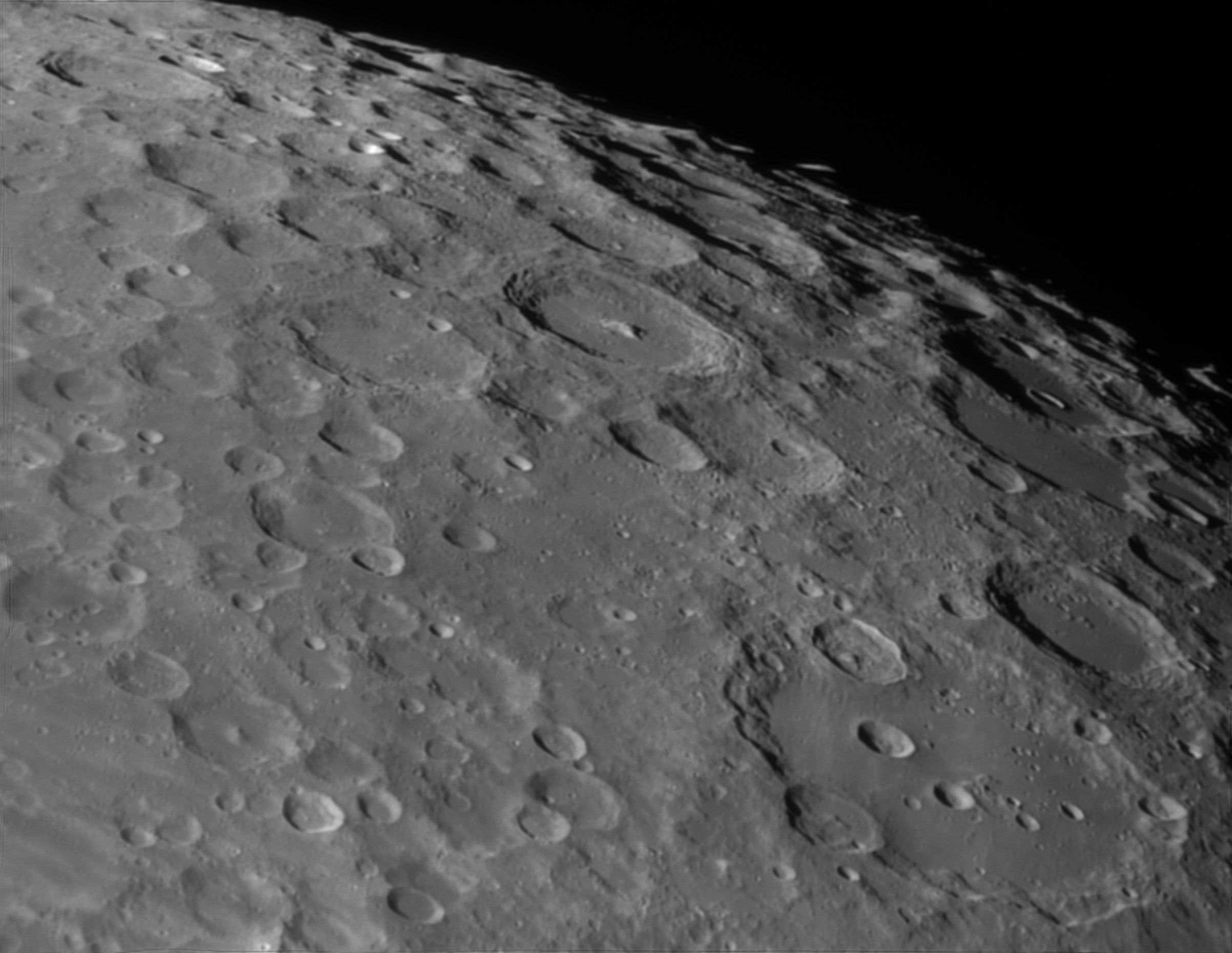 Clavius (lower right) 07.04.17