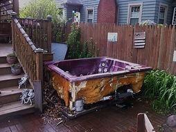 hot tub removal, spa removal, hot tub junk, hot tub broken, express junk removal