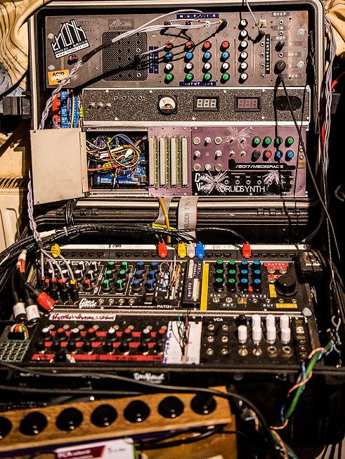 Techno-8015.jpg