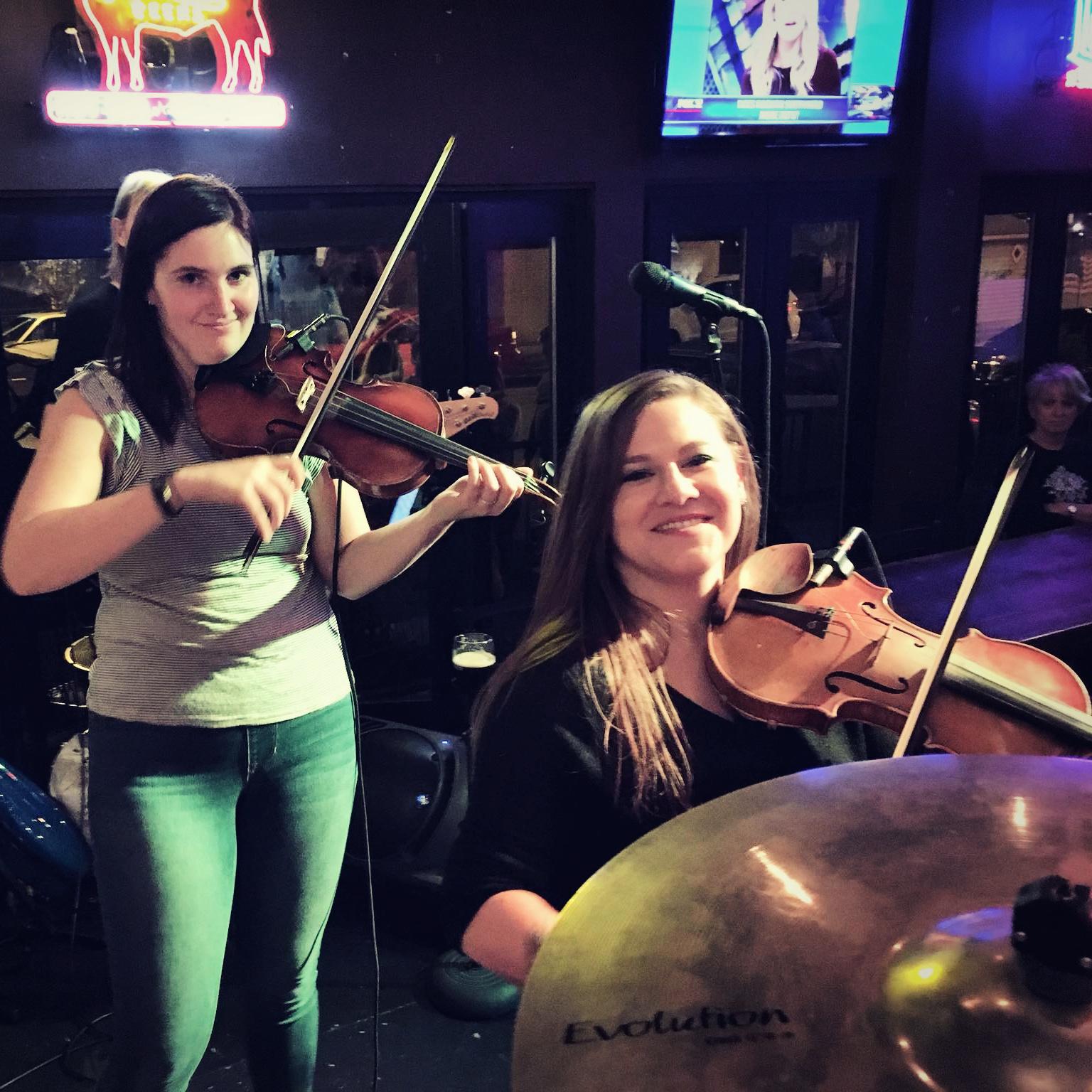 Rachel & Hannah Devil Violin Duel!