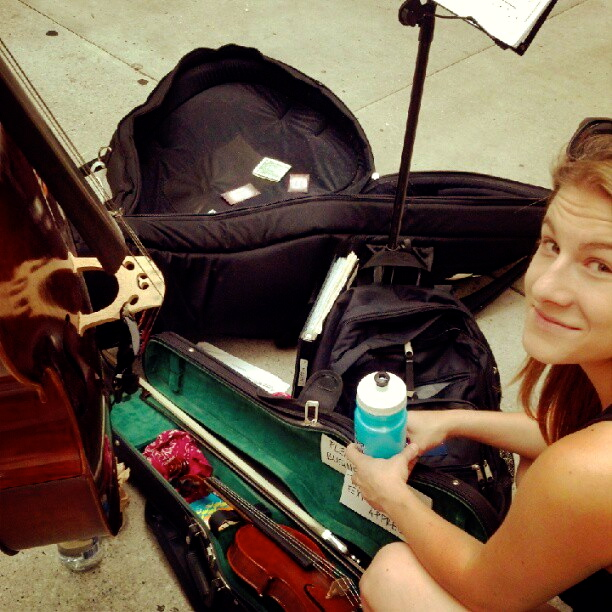 Hannah & Leyla (cello) busking on the streets of Chicago